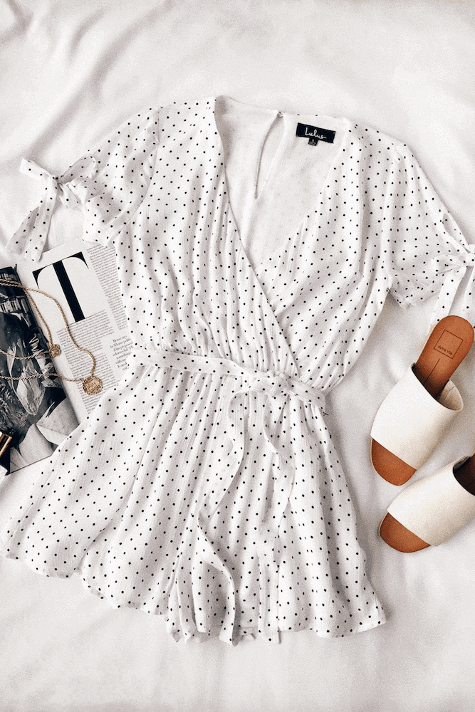 Beach Honeymoon Outfits Travel Clothes Black and White Polka Dot Romper 2