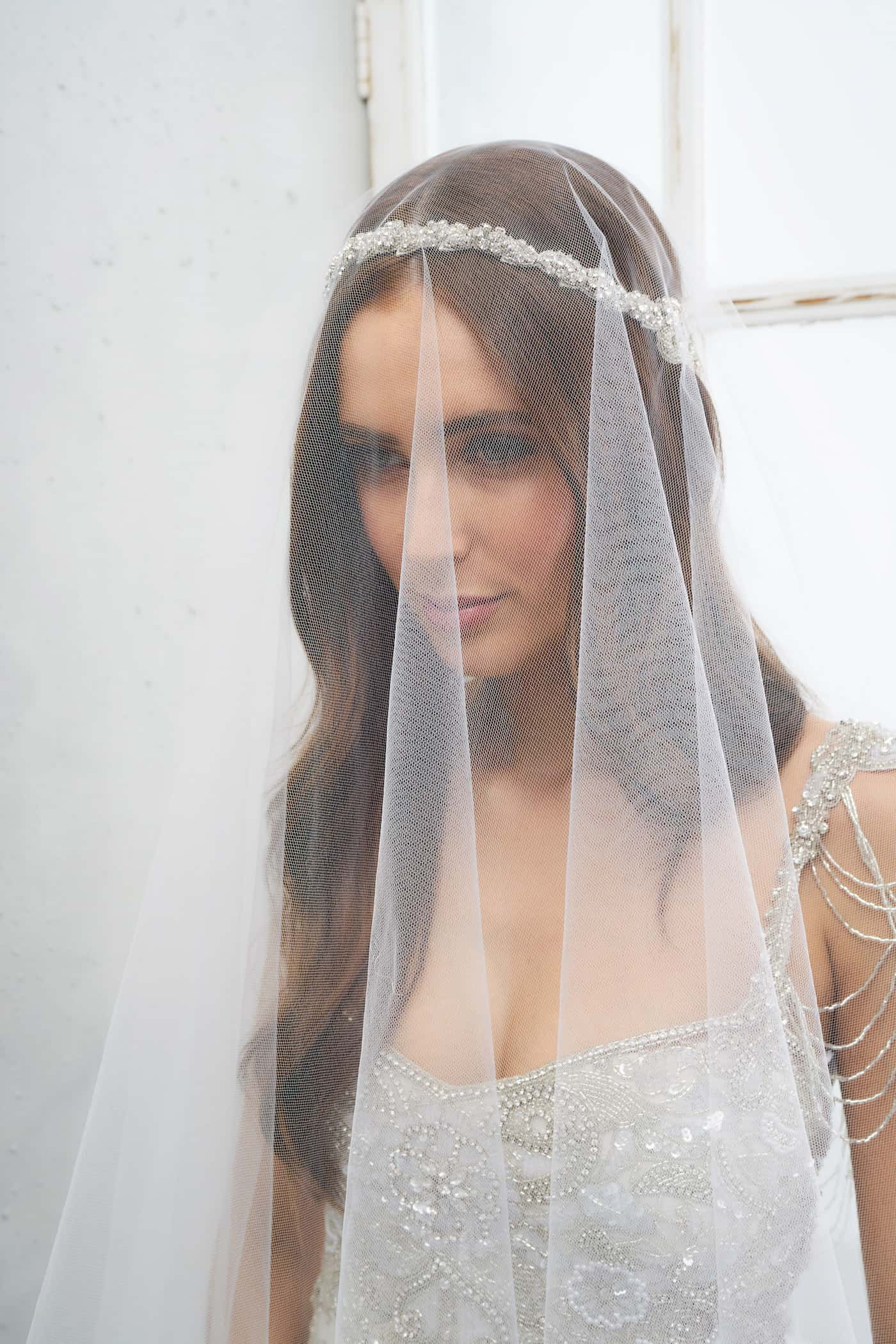 Brides Are Going Insane For These Bridal Headpieces And