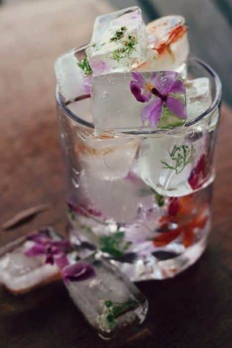 Floral Ice Cubes Wedding Inspiration Floral Wedding Ideas Ice Cube with Flowers