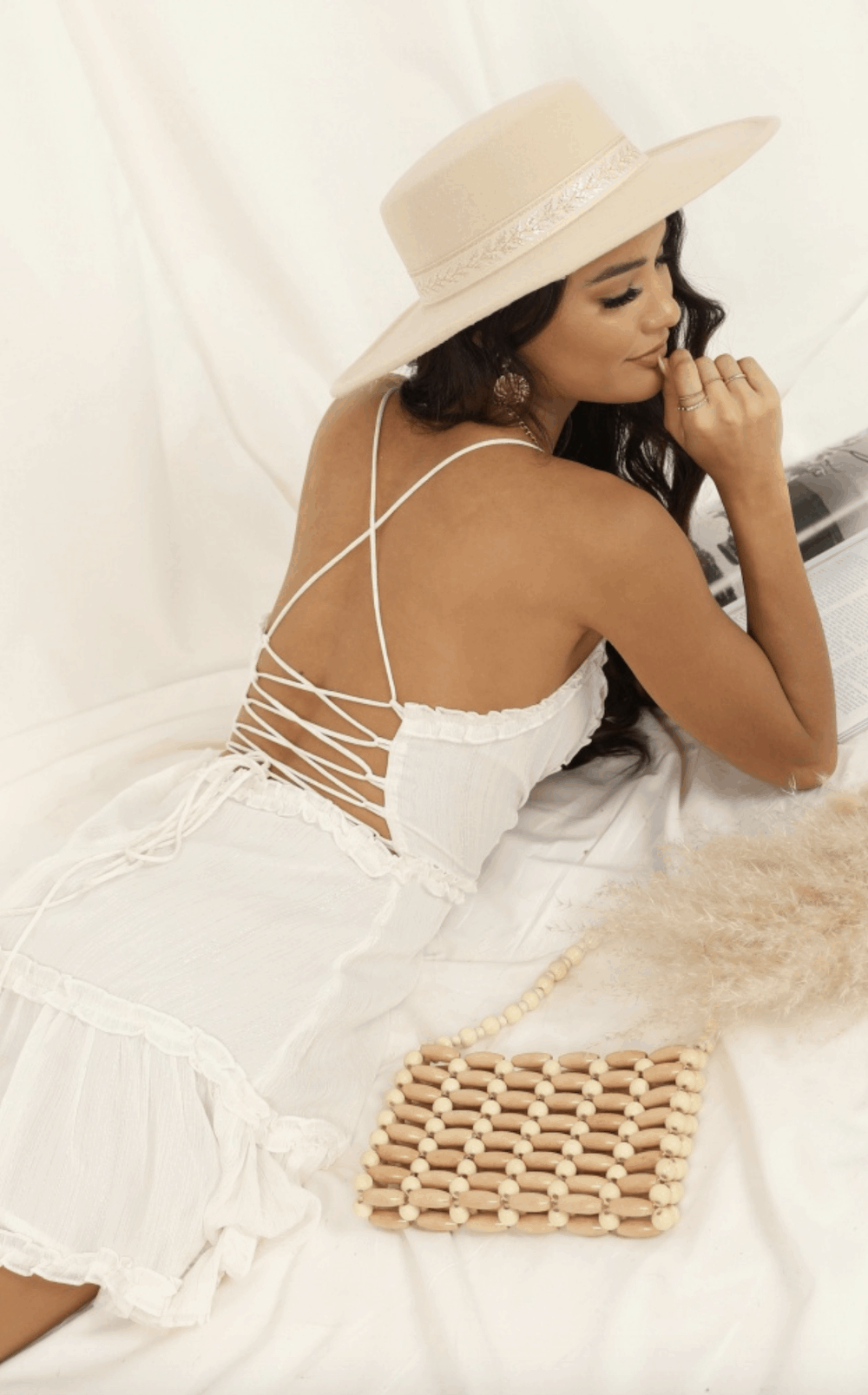 Perfect Summer Outfits for The Beach Cutest White Sun Dresses for This Summer Showpo 1