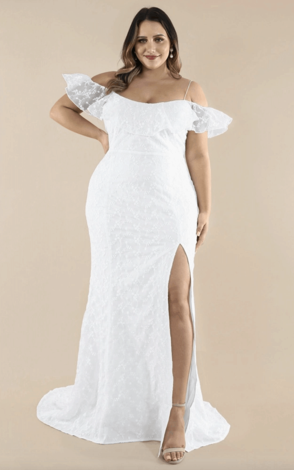 30+ Plus Size Wedding Dresses and Bridal Gowns that are ...