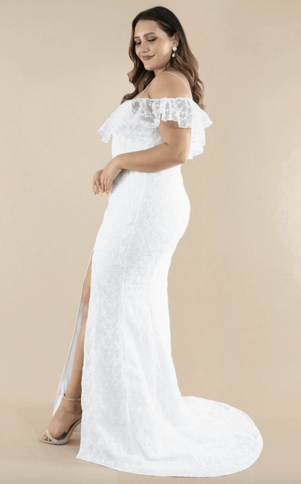Plus Size Bridal Gowns and Wedding Dresses Perfect for Curvy Brides Off Shoulder Lace