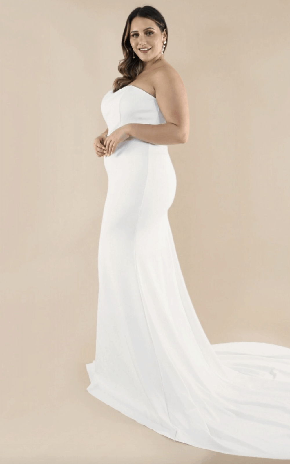 Plus Size Bridal Gowns and Wedding Dresses Perfect for Curvy Brides Sweetheart Strapless Train