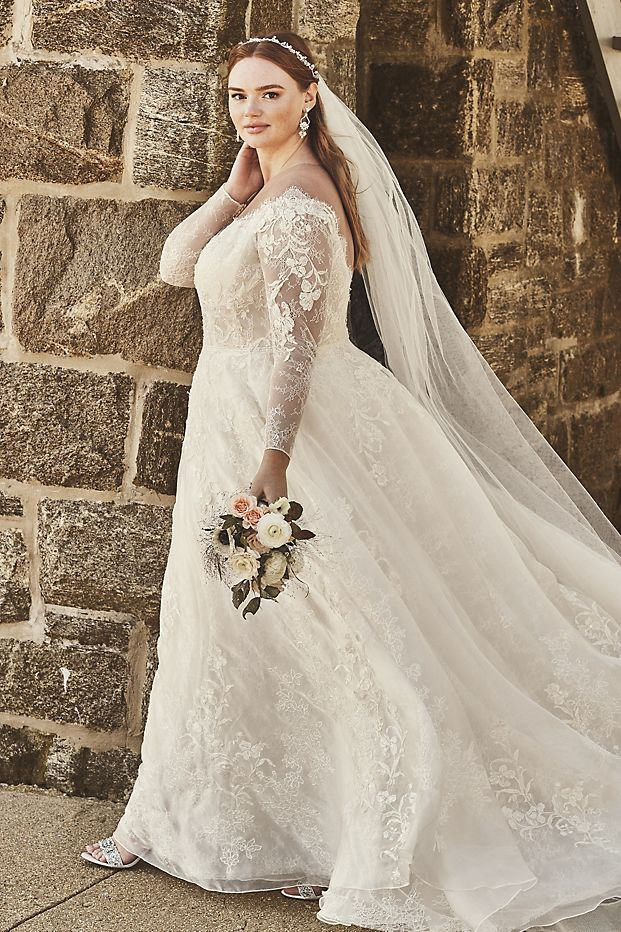 Plus Size Wedding Dresses with Lace Sleeves for Curvy Brides Oleg Cassini Bridal Gowns 2