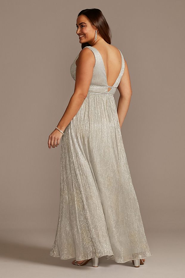 Plus Size Wedding Guest Dresses Metallic Gown Curvy Girl Outfits for Wedding 2