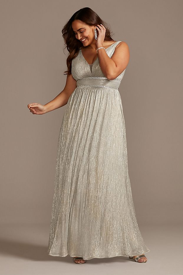Plus Size Wedding Guest Dresses Metallic Gown Curvy Girl Outfits for Wedding