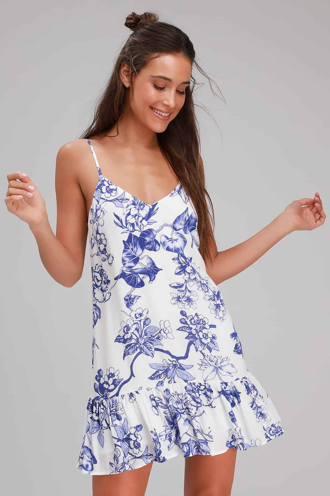 Summer Honeymoon Outfits for Her Blue And White Floral Print Ruffled Shift Dress 2