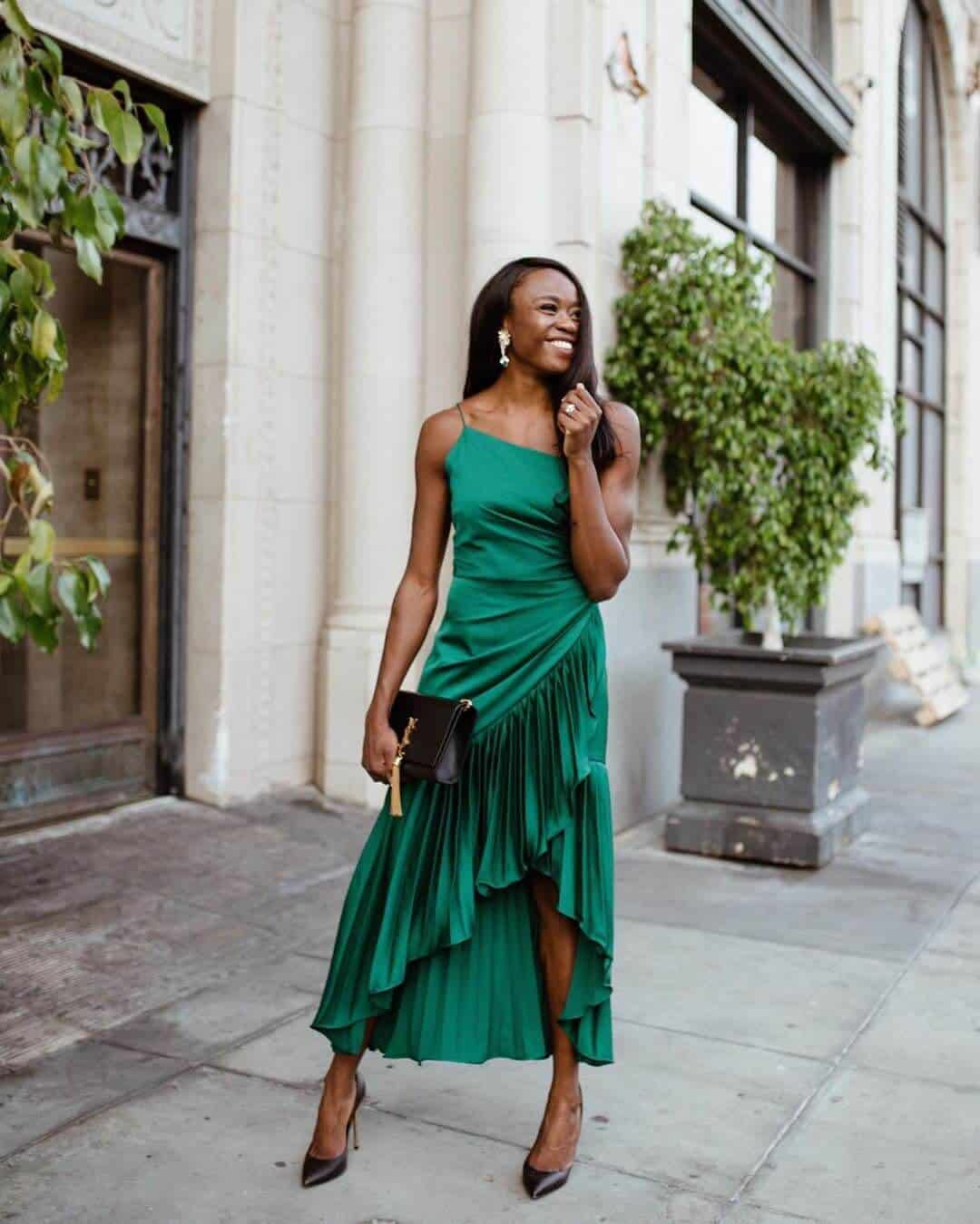 Wedding Guest Outfits Emerald Green Pleated Dress Flor Et. Al What to Wear to a Wedding as a Guest Jasmine Blocker (1)