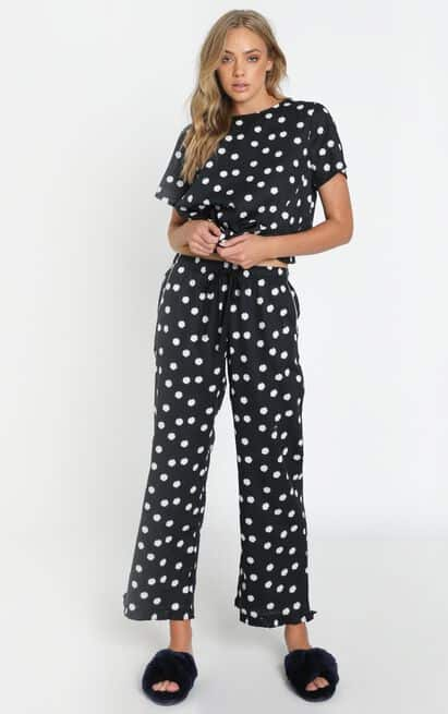 Work from Home Loungewear Pyjamas Quarantine Project REM Boxy Tee Set in Black Daisy